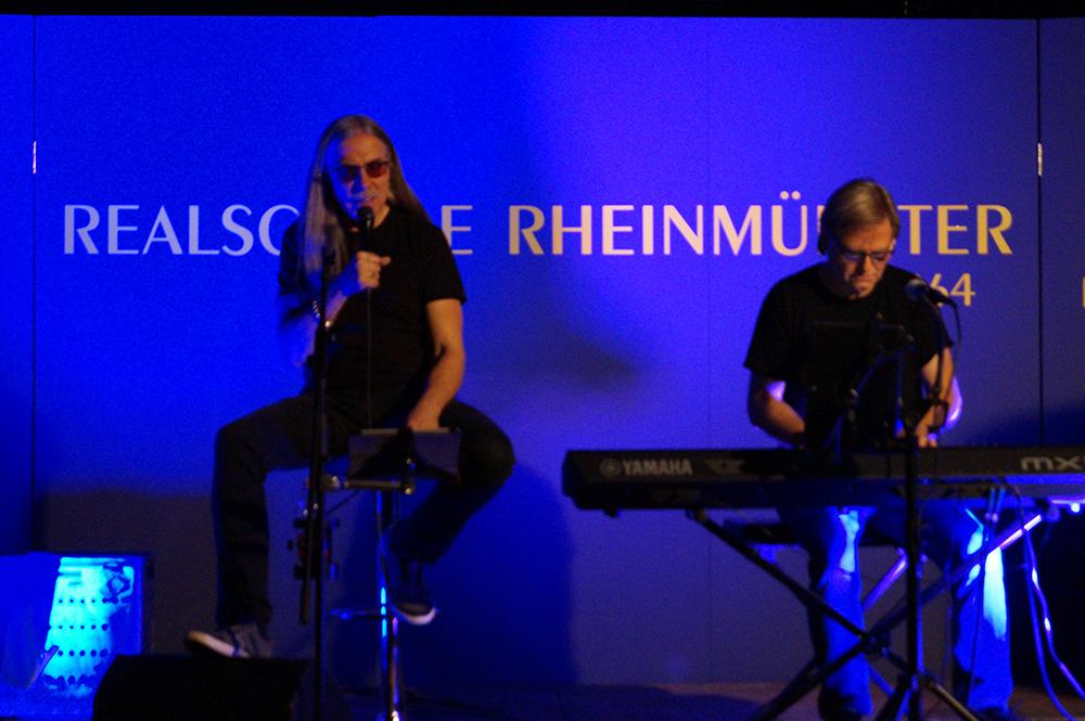 """Chansons-Duo """"Peter und Klaus"""" begeistert Publikum in Schwarzach"""