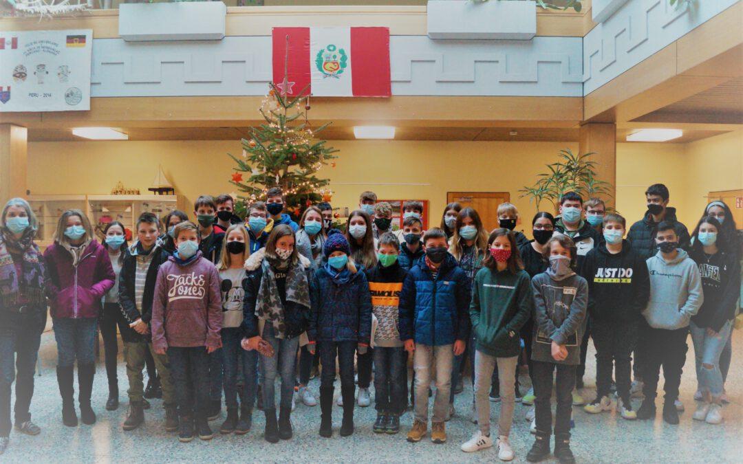 Klassen der Realschule Rheinmünster spenden für Partnerschule in Peru
